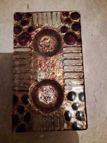 Атрактивен керамичен свещник с места за 2 свещи