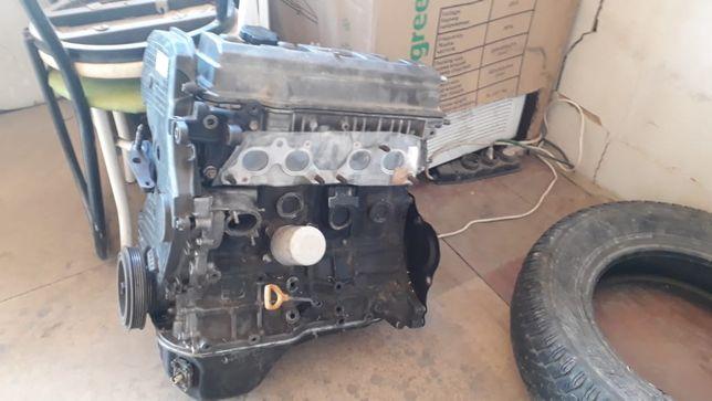 Мотор от тойота пикник 2х литровый ,3с