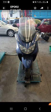 Скутер Yamaha Majesty 400- на части