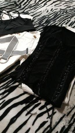 Комплект/Бели дънки/Тениска/Боди/Колан