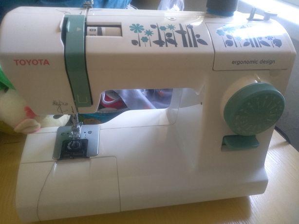 Швейная машинка Toyota