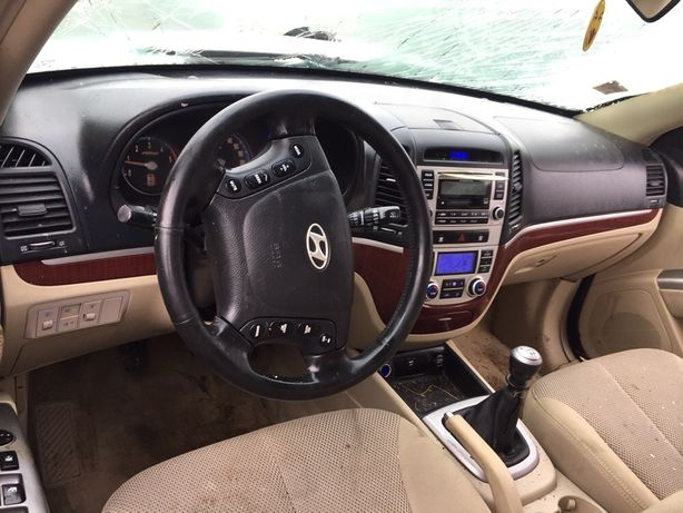 Planșă bord Hyundai Santa Fe 2008
