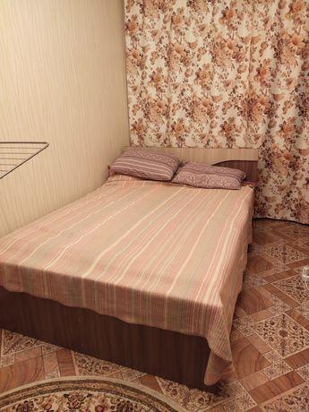 Продам кровать вместе с шкафом комплект. Купила 3 месяца назад