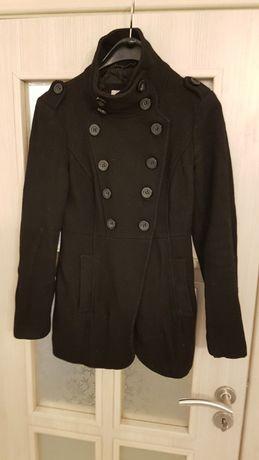 Красиво вталяващо палто Esprit