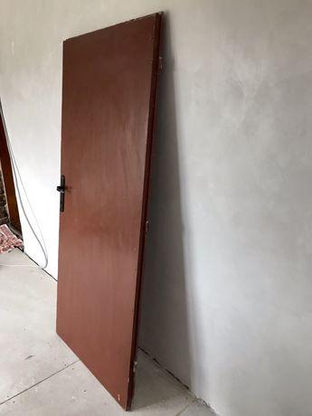 Масивна, дървена, интериорна врата