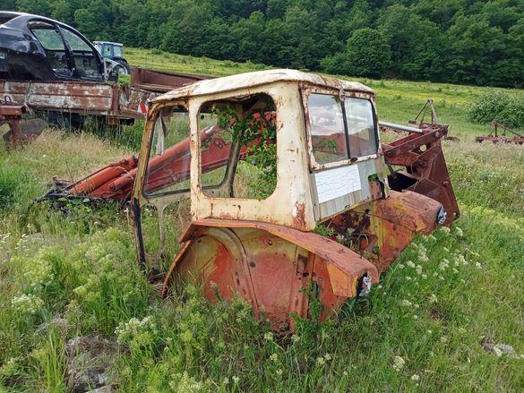 Юмз Кабина за трактор. Umz kabina