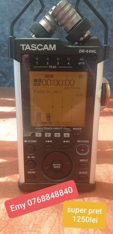 Reportofon profesional Tascam DR44 Wifi  4canale
