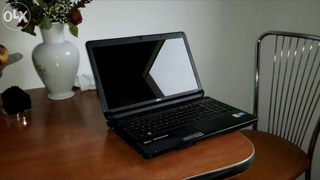 vand laptop fujitsu siemens model ah 530