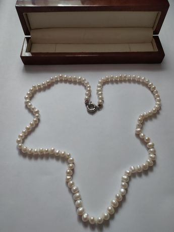Colier din 101 perle naturale, Rusia anii'70