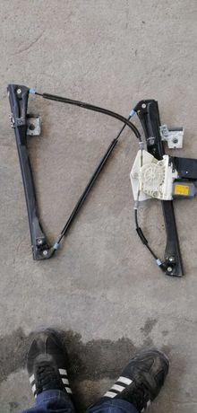 Механизъм с моторче ел. Стъкло голф4 предно ляво