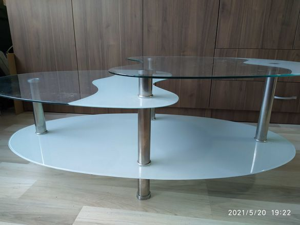 Стъклена маса за кафе