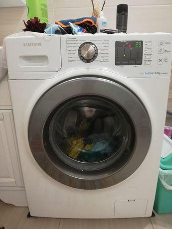Продам стиральную машинку в отличном состоянии