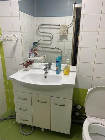 Тумба для ванны и туалета