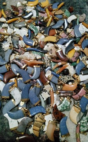 Pandantive, pietre semiprețioase, bijuterii, antichitati ,sidef