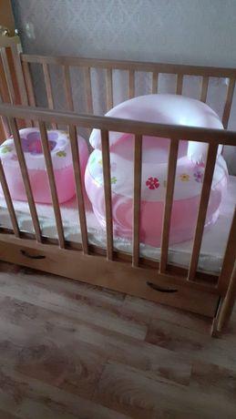 Детская кроватка. Петропавловск