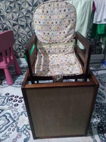 Стул + стол детский трансформер продам