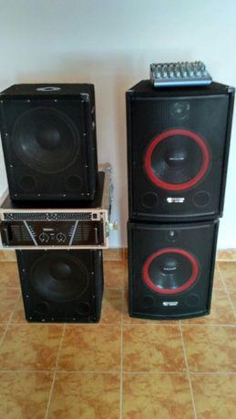 Sistem audio PA, 1200 w, flight case Alesis JB Systems Omnitronic