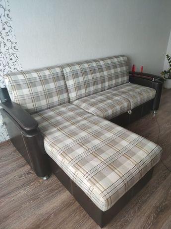 Продам диван недорого