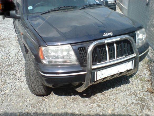 Части за Jeep Grand Cherokee 4.7 v8 бензин. 2000г.