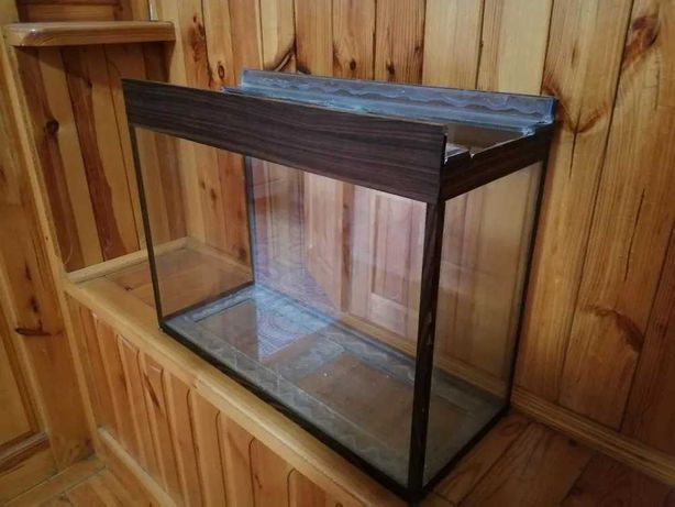 75 литров аквариум с декорацией, камнями и обогревателем