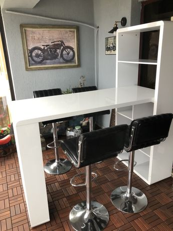 Mobilier bar plus scaune retro