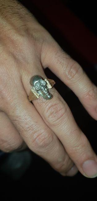 Anii 1900 Inel antic argint + aur cap de mort craniu vintage