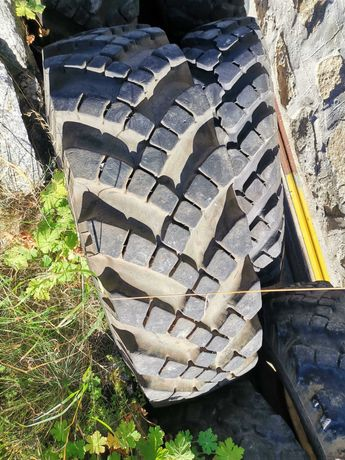Продавам гуми за руски камиони