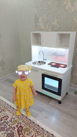 Кухня для игр детская кухня со светодиодной подсветкой