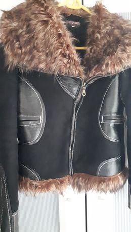 Дамско яке, много топло.