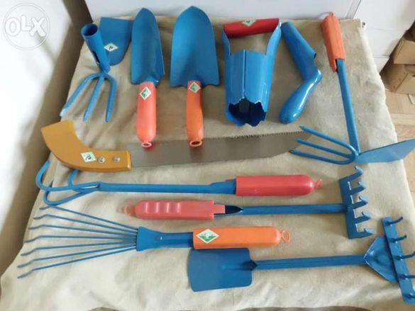 Градински инструменти-11 броя пълен комплект , нови, много здрави