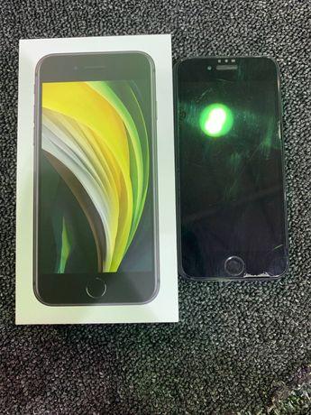 Iphone SE 2020 продаю цена 150000