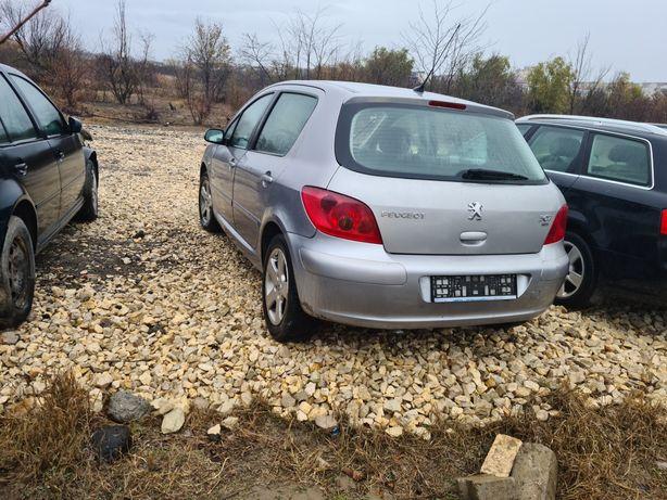 Dezmembrez Peugeot 307