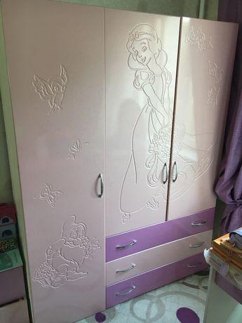 Детский спальный гарнитур для девочки