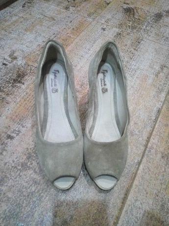 Обувки 38
