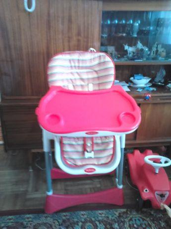 ,Scaun bebelus cu spatar si masina fara pedale