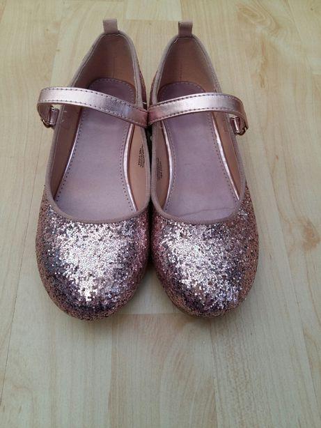 Pantofi h&m marimea 31