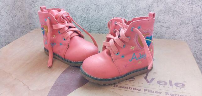 Ботиночки детские для девочек