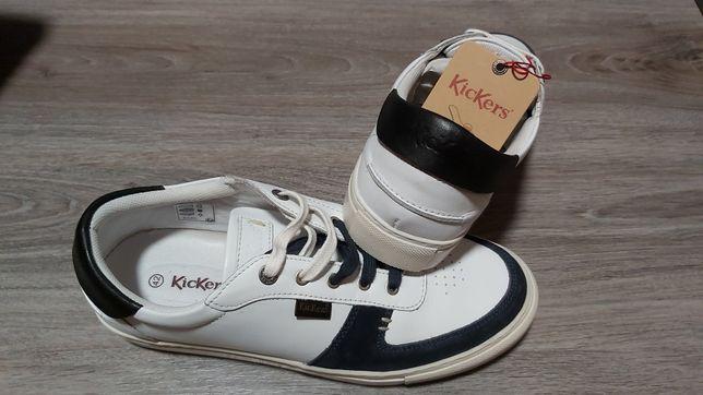 Pantofi Kickers nr 42