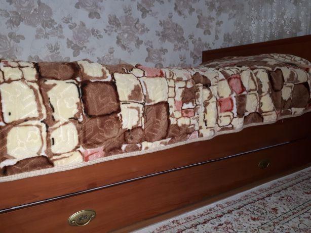 Продам спальную мебель