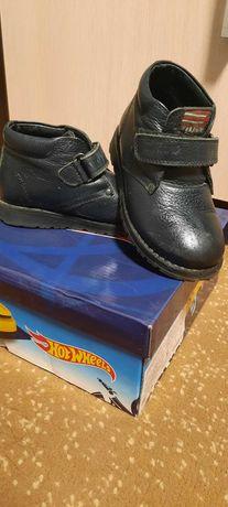 Детские кожаные ботиночки. Размер 26
