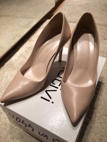 Pantofi motivi 38