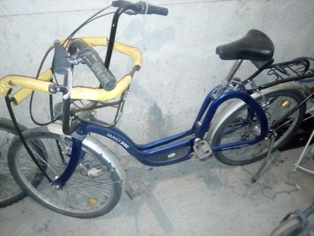 Vand sau schimb bicicleta pentru transport bebe!!!