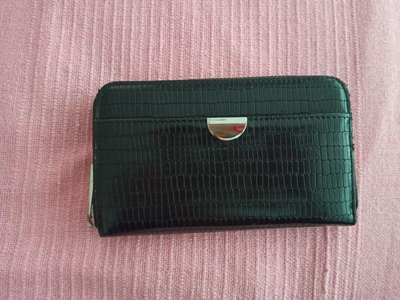 Черни портмоне от Reserved