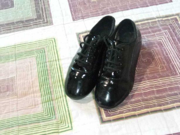 Туфли на мальчика бальные