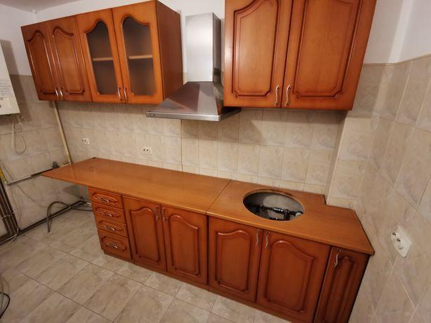 Mobila bucătărie usi lemn