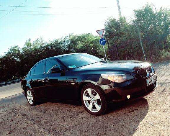 Продам БМВ 525xi 2006 года выпуска