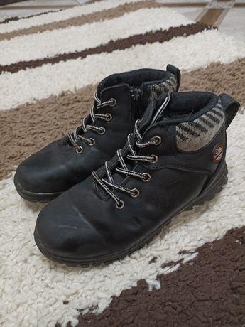 Зимние ботинки на искусственном меху