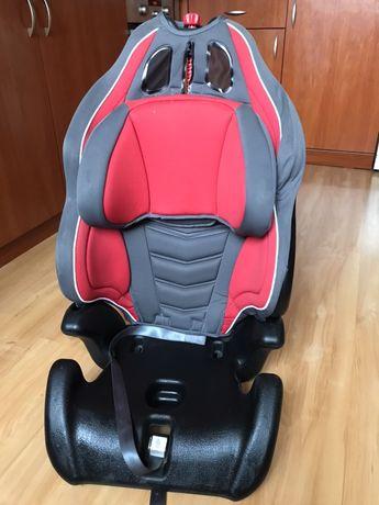 Chicco Universal 9-36 kg детско столче за кола