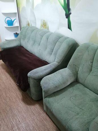 Продам диван кресло,деткие игрушки