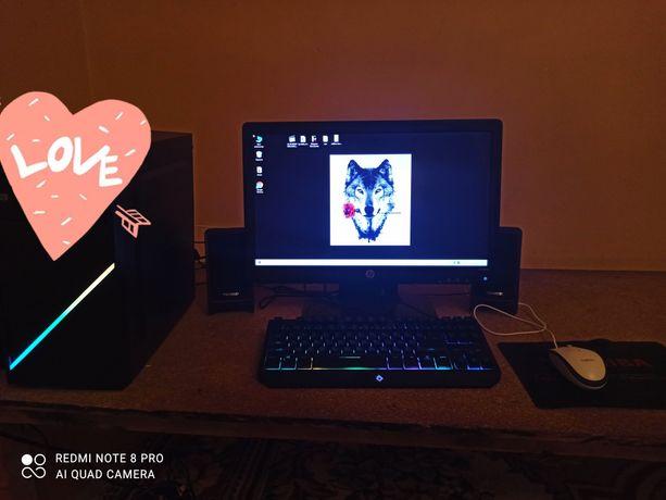 Игровой компьютер 2021 +монитор,игровой клавитруа,мышь